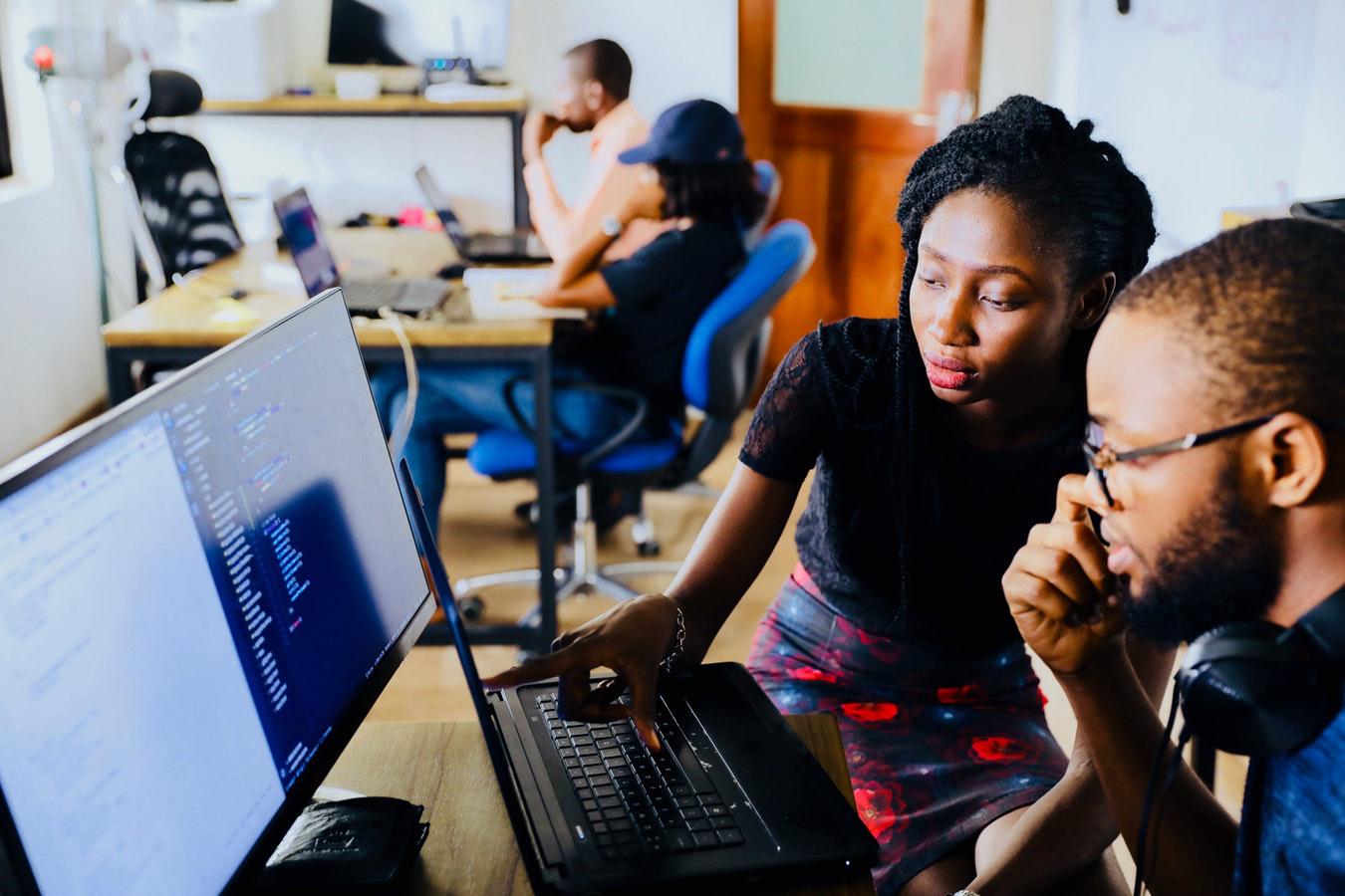 企业怎么样选择合适自己e-learning平台