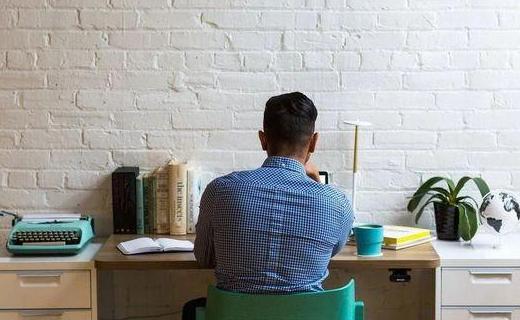 企业在线培训平台哪家好?有啥优点?如何开展员工培训